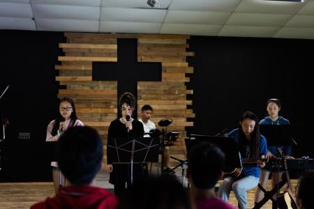 Worship Team leading everyone to praise God.